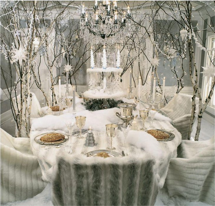 A white winter wonderland Christmas tablescape