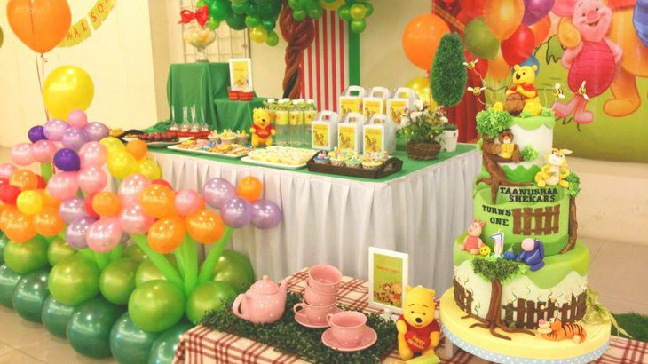 Adorable Winnie the Pooh dessert table