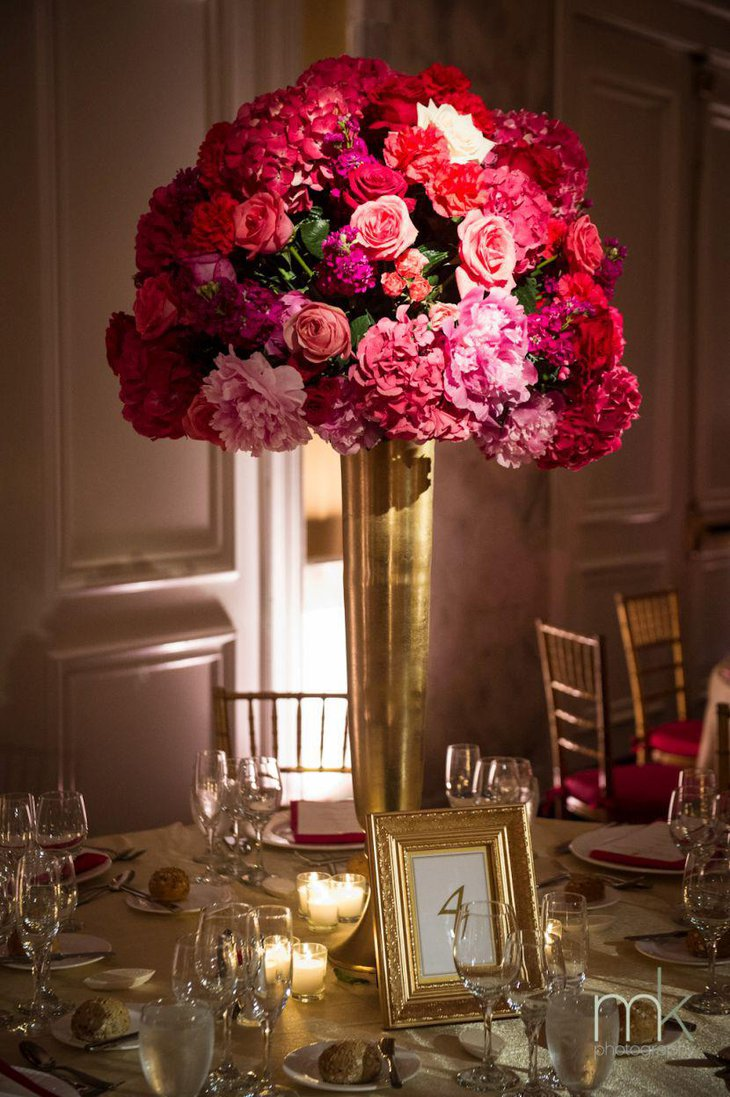 35 amazing gold wedding decorations table decorating ideas alluring golden vase filled with flowers as wedding table centerpiece reviewsmspy