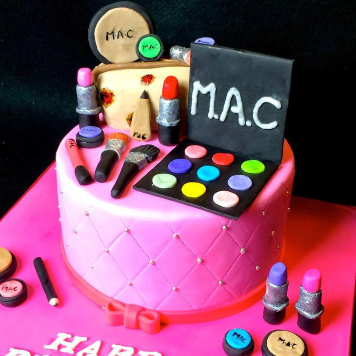 33 Pretty Birthday Cake Ideas For Girls Table Decorating Ideas