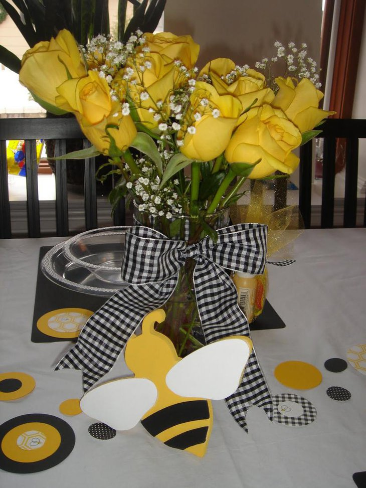 Beautiful Bee Themed Baby Shower Table Centerpiece