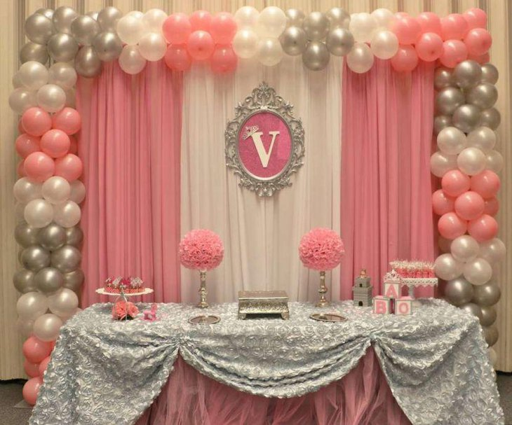 35 Princess Themed Baby Shower Decorations Table