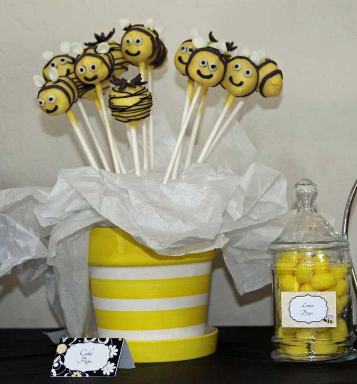 Bee Themed Baby Shower Pops Table Centerpiece