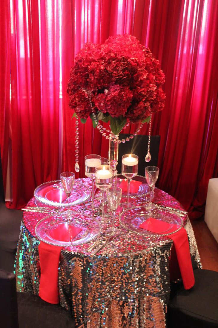 Bright Red Floral Wedding Centerpiece