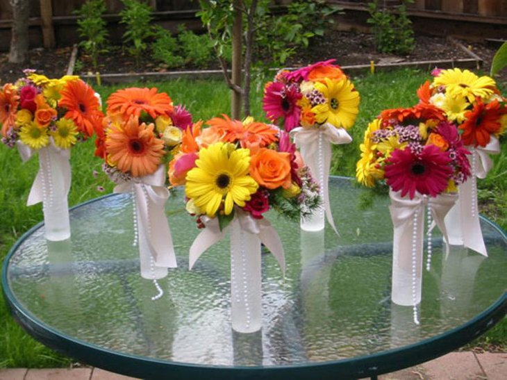 Budget Wedding Centerpieces with Flowers
