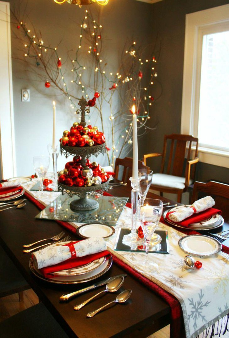 Christmas Table Setting With Decorative Bowl Filled With Ornaments