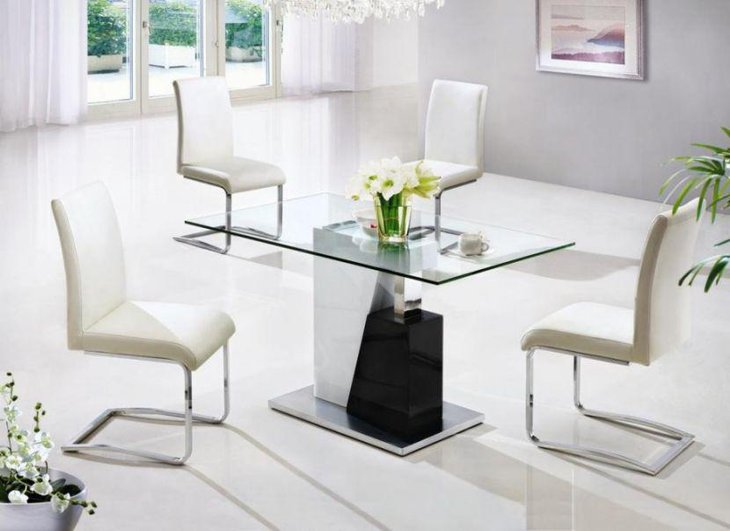 25 dining room tables for small spaces table decorating for Small contemporary dining tables