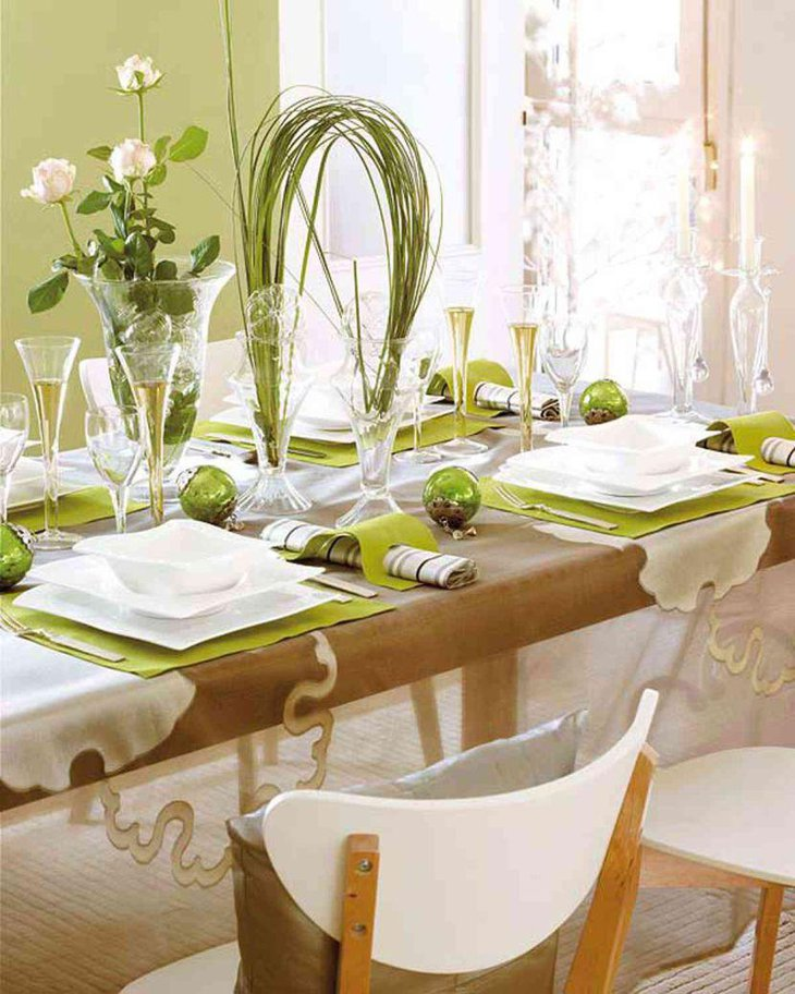 Cool Italian themed table decor using greens and vases