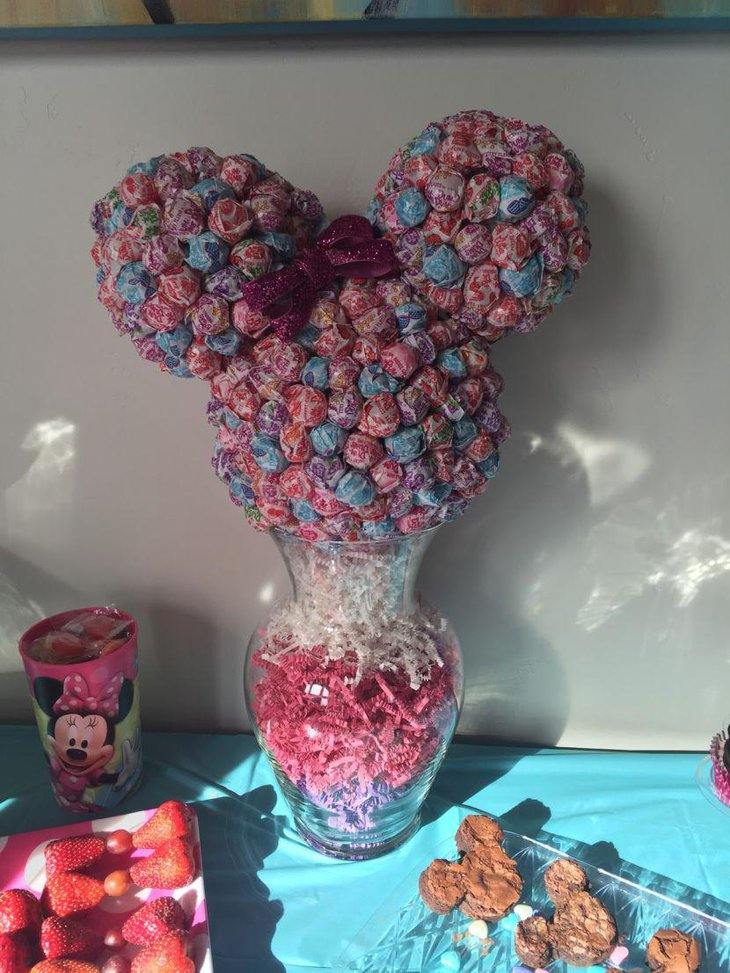Cute Minnie Mouse candy centerpiece for sweets table