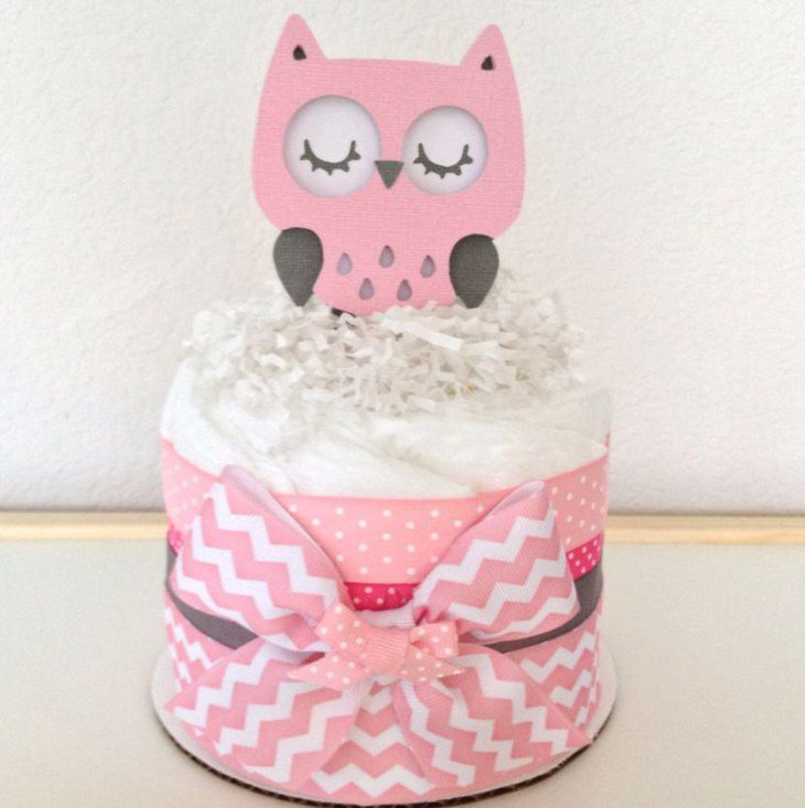 Cute owl centerpiece in pink