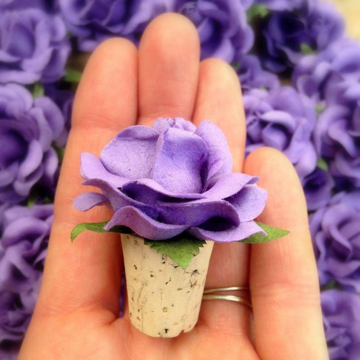 Cute purple wine bottle stopper wedding party favor