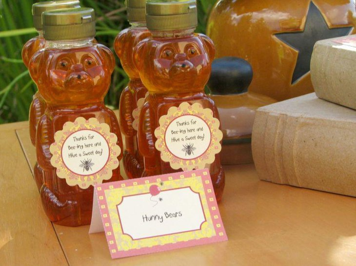 Cute Winnie The Pooh honey bottle favors for baby shower