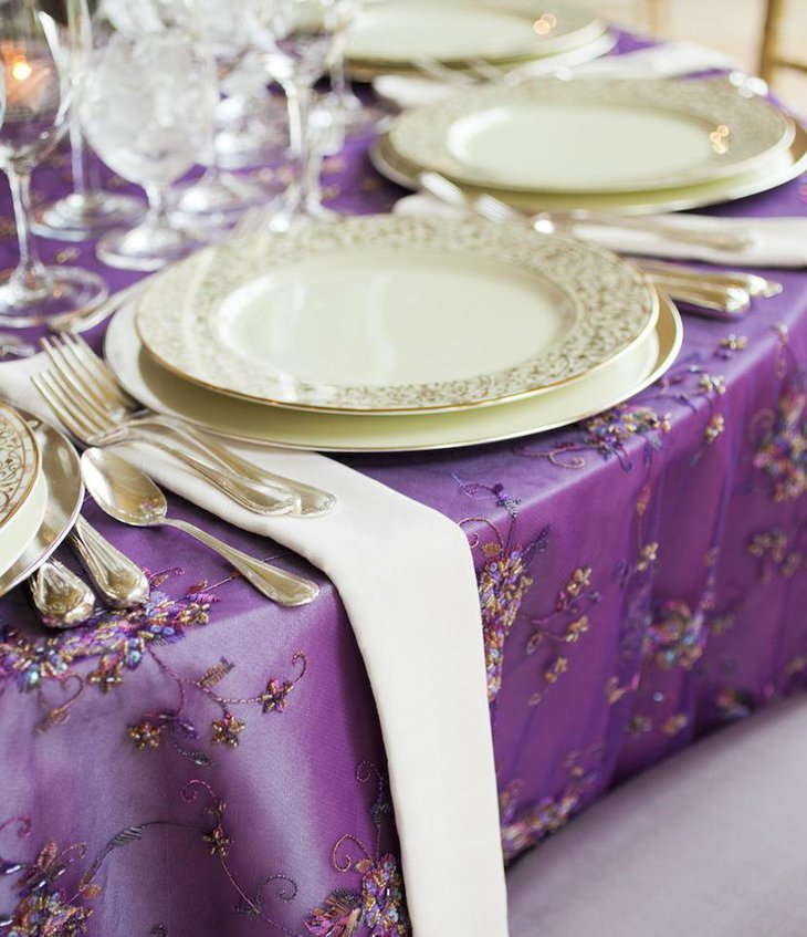 Delicate Purple Embroidered Table Linen for Weddings