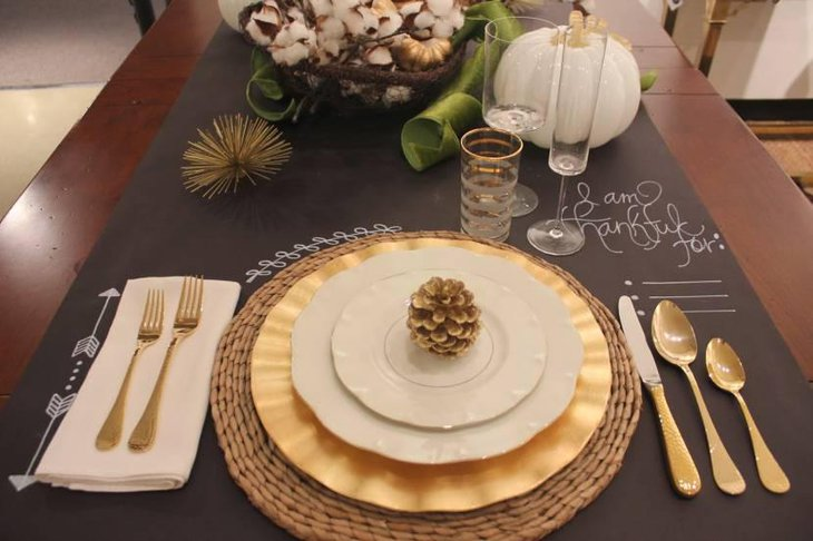 DIY Chalkboard Table Runner for Thanksgiving