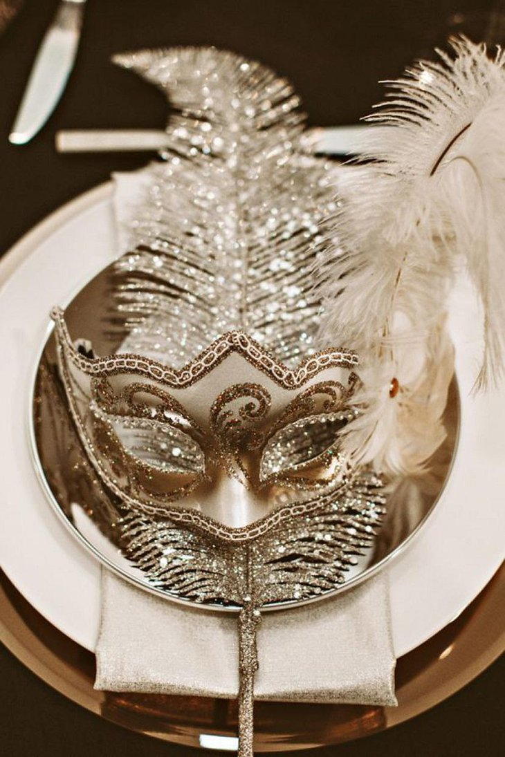DIY New Year Masquerade Themed Table Decoration