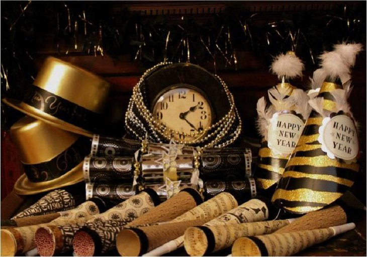 DIY New Year Table Decoration with Beautiful Black Hats and Hooters