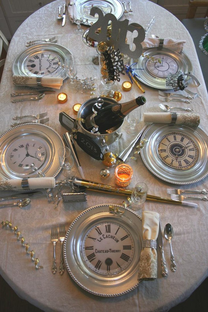 DIY New Year Table Decoration with Clock Plates and Champagne