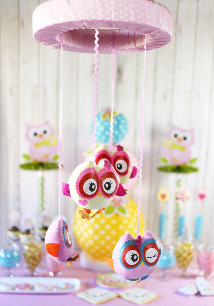 DIY owl mobile baby shower table centerpiece