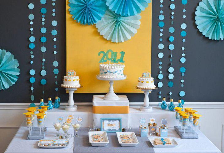 DIY party dessert table setting