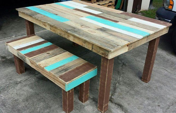 Easy To Make DIY Pallet Dining Table With Matching Bench