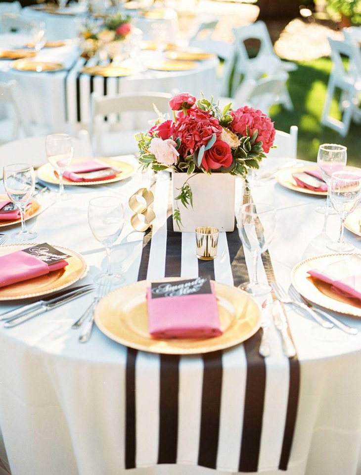 Simple White Black And Yellow Table Decor