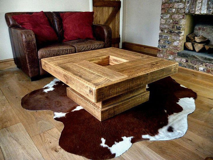 Elegant DIY rustic coffee table