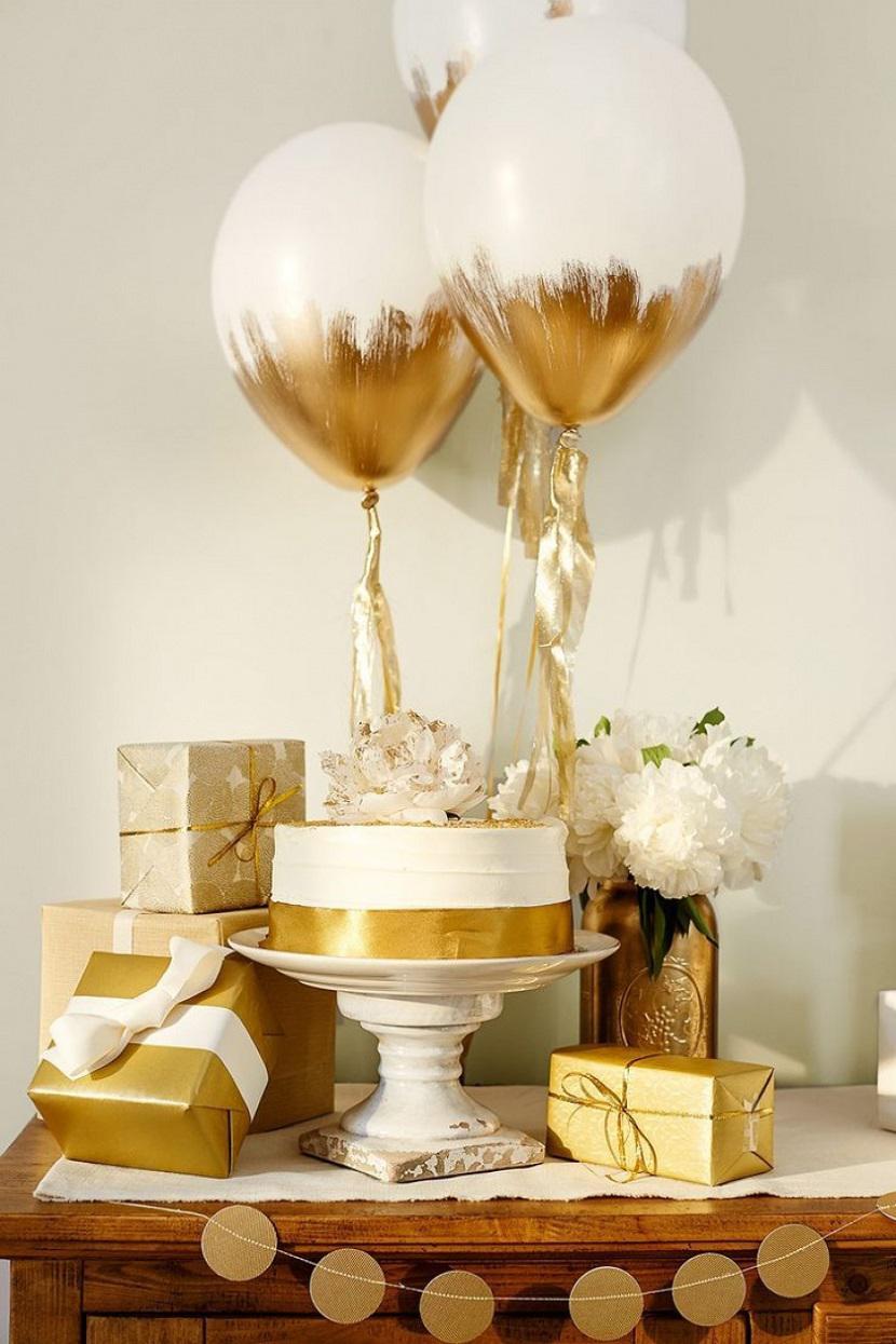 35 Ultimate Balloon Centerpiece Ideas For Weddings