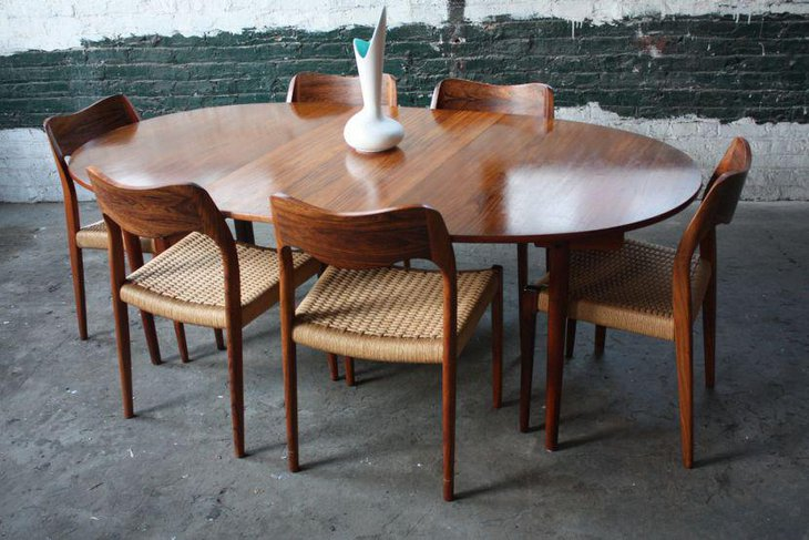 Expandable Mid Century Modern Teak Dining Table