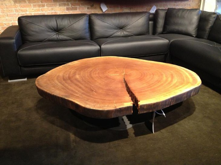 Eye catching Wooden Log DIY Coffee Table