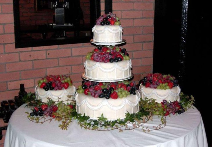 designs for wedding cake table 37 creative wedding cake table decorations table 13481