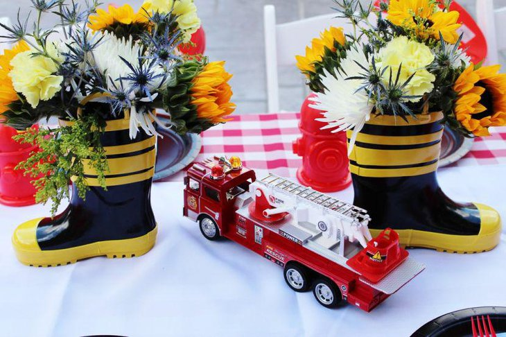 Firetruck decor on boys birthday table