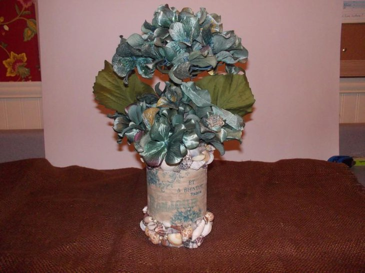 Floral shell wedding table centerpiece