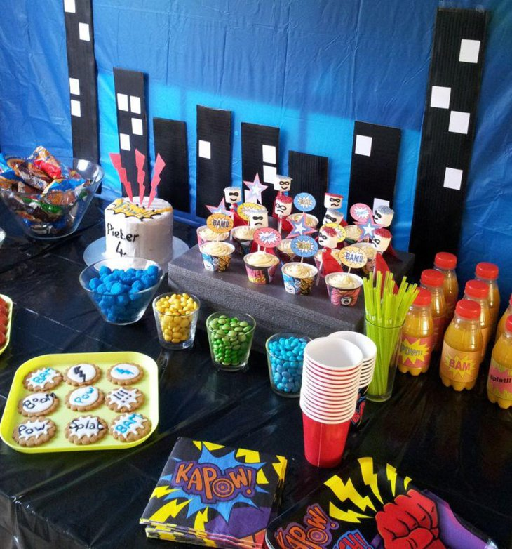 33 Avengers Theme Party Ideas for Kids | Table Decorating Ideas