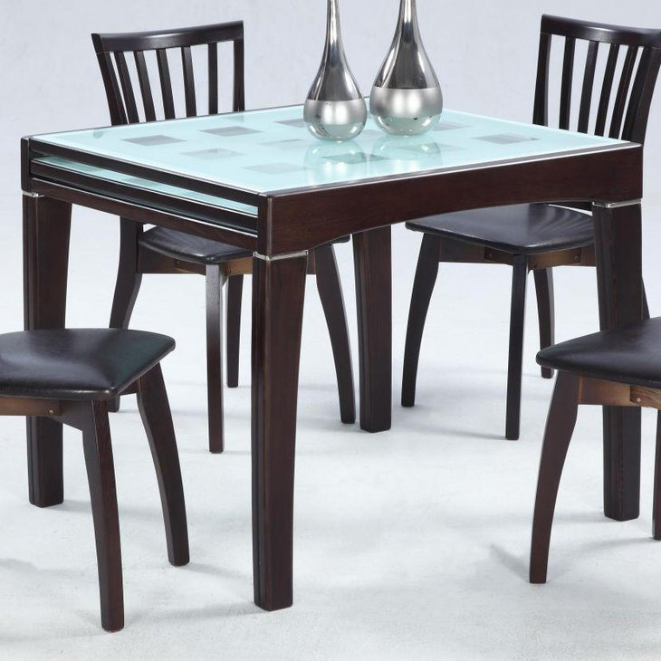 Glossy Finish Expandable Dining Table In Teak Wood