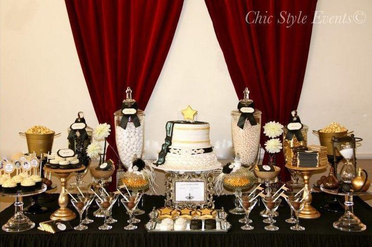 Golden accented adult birthday table decor