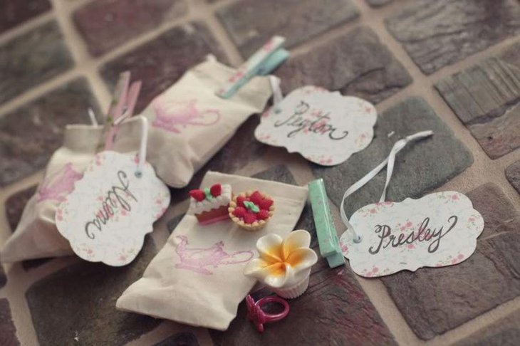Gorgeous tea party favour bags for girls