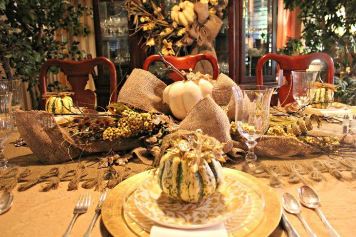 Gorgeous Thanksgiving Dining Table with Vintage Pumpkin And Dry Floral Centerpiece