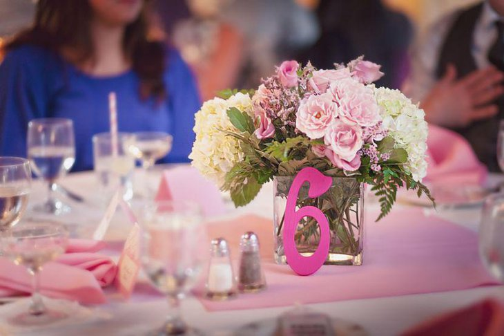 Keep into mind your budget and choose such table centerpiece ideas that suit your pocket