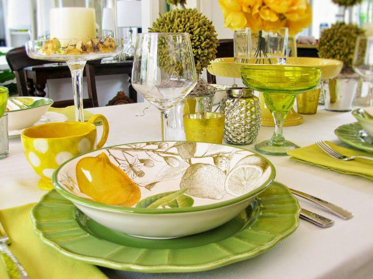 Lemon printed bowls on spring table