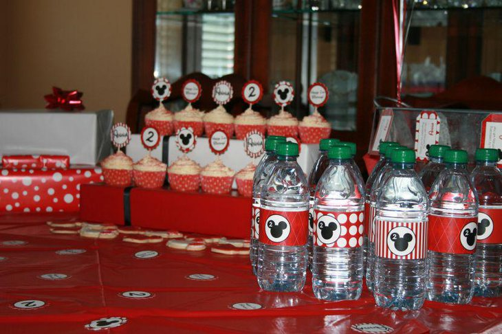 Minnie Mouse candy buffet idea for birthday party
