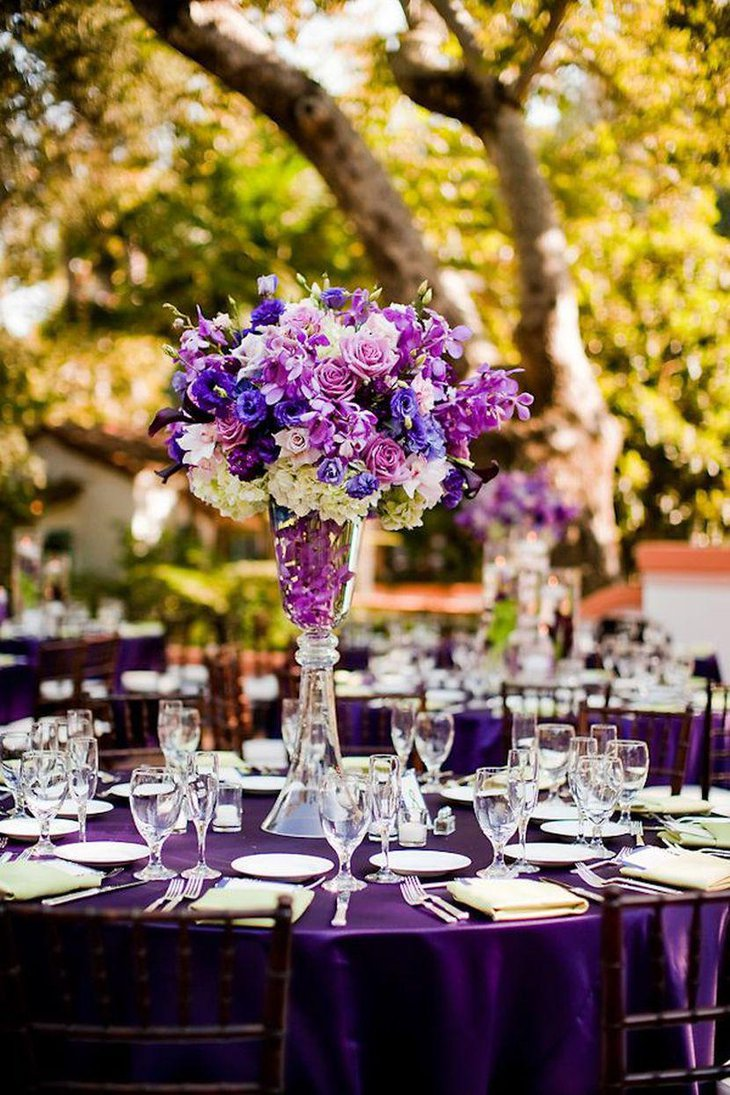 Wedding table decorations with purple theme has always been popular with people all over the globe because this is one tone that accentuates the...