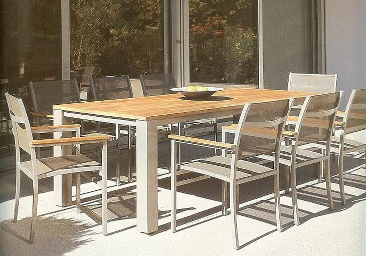 Outdoor Wood Top Expandable Dining Table