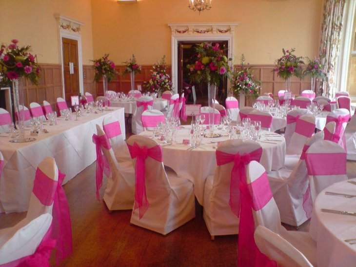 Pink And White Flower Wedding Centerpiece For Stunning Wedding
