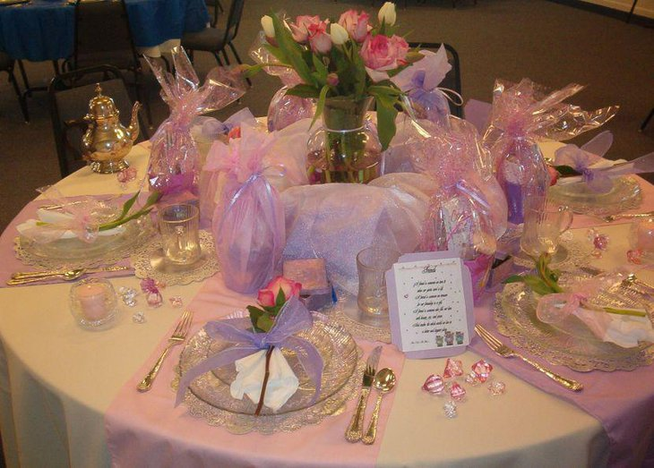 Pink floral centerpiece on Valentines Table