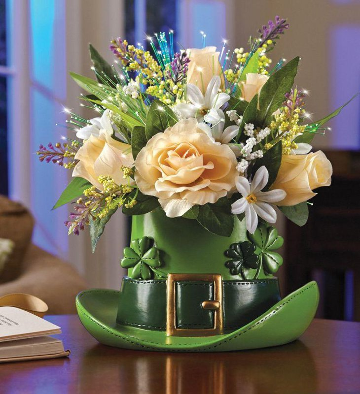 Pretty floral decor on green hat for St Patricks Day decoration