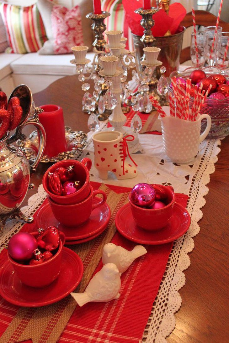 37 romantic valentine table decorations table decorating for Table design for valentines day