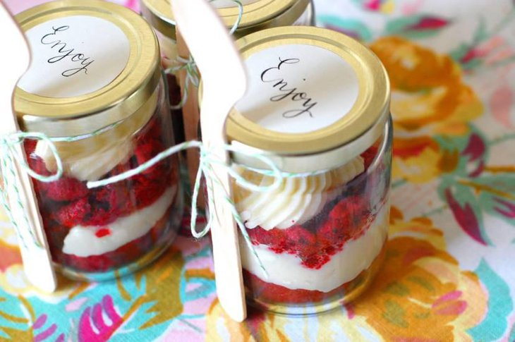 Red Velvet Cheese Cake In Mason Jars