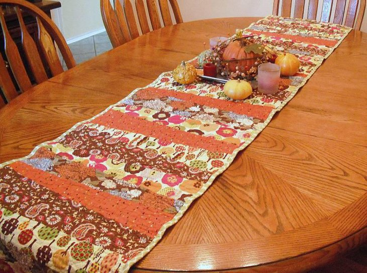 Reversible Table Runner for Thanksgiving