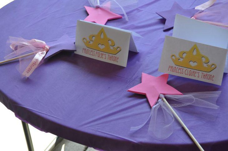 Simple And Elegant Disney Princess Birthday Party Table Decorations