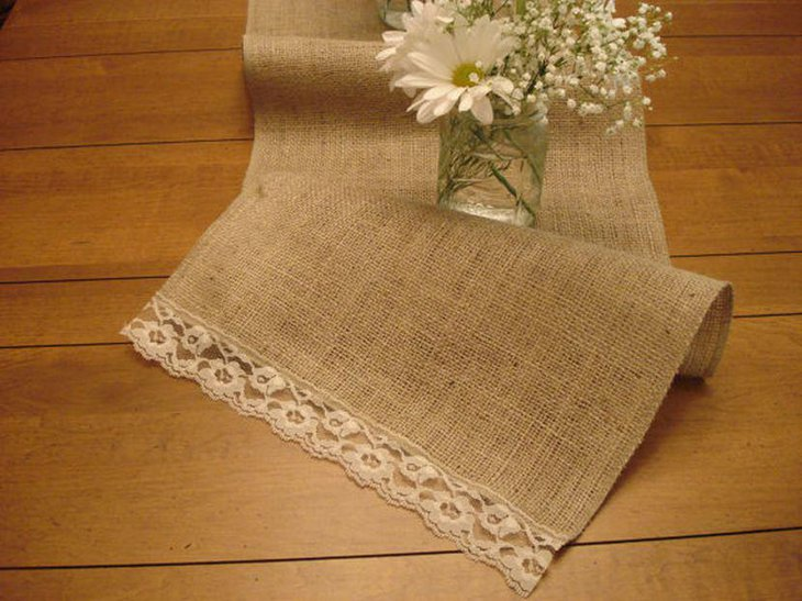 33 Creative Diy Table Runners Ideas Table Decorating Ideas